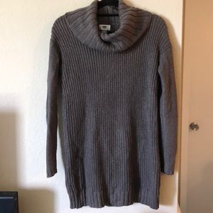 Long cowl neck sweater